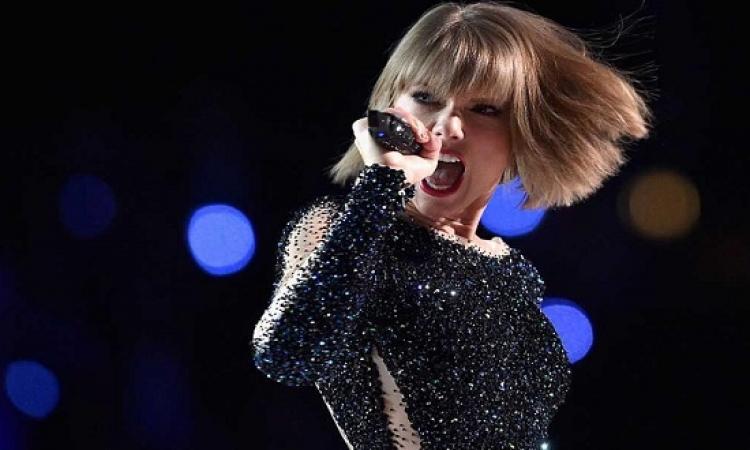 تايلور سويفت تتراجع .. وتتعرى فى ألبومها الجديد !!