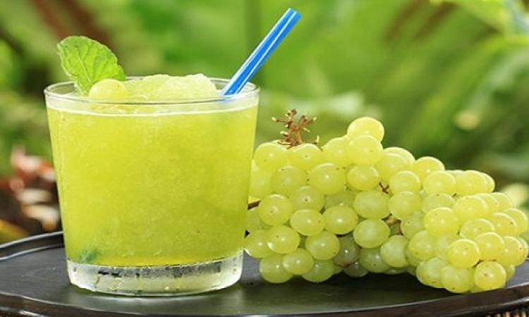 طريقة تحضير سموثى العنب باللبن والعسل