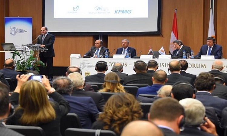 بالصور .. السيسى يشهد افتتاح منتدى الأعمال المصرى القبرصى