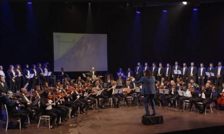 """بالفيديو .. المهدى طالب يهدى المغاربة أغنية """"بلادي"""" بمناسبة ذكرى المسيرة الخضراء"""