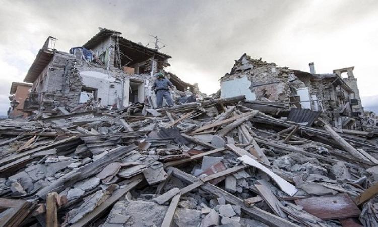 زلزال إيران المدمر .. ارقام كبيرة ومشاهد ومؤلمة