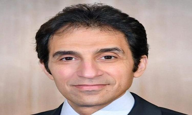 """بسام راضى : سيناء 2018 ترفع شعار """"يد تبنى ويد تحمل السلاح"""""""