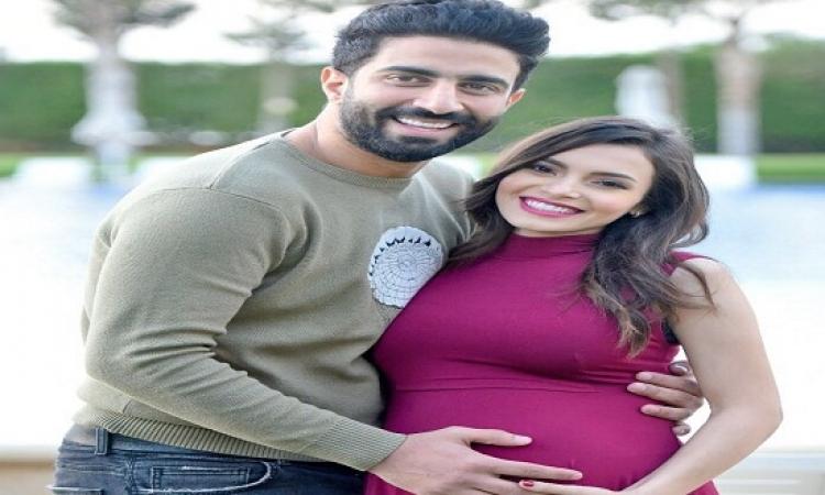 بالصور.. آخر فوتوسيشن لكارمن سليمان وزوجها مصطفى جاد قبل مولودهما المنتظر