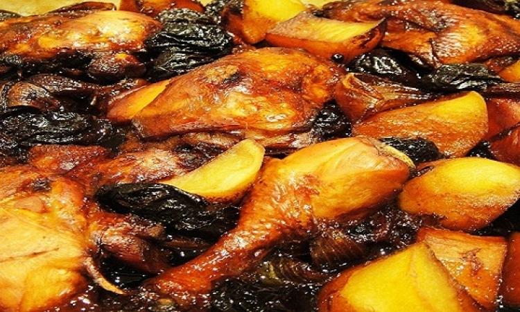 من المطبخ المغربى .. طاجن الدجاج بالقراصيا للدايت