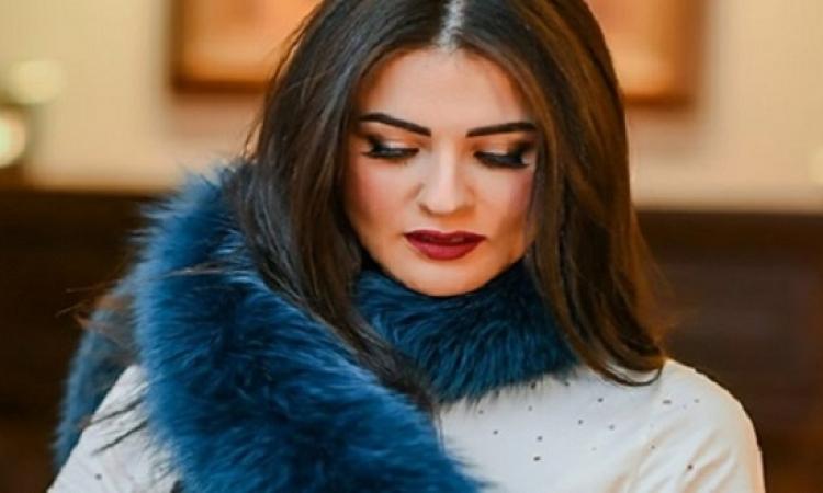 بالصور .. إطلالة جذابة لنسرين إمام بفستان جلد قصير