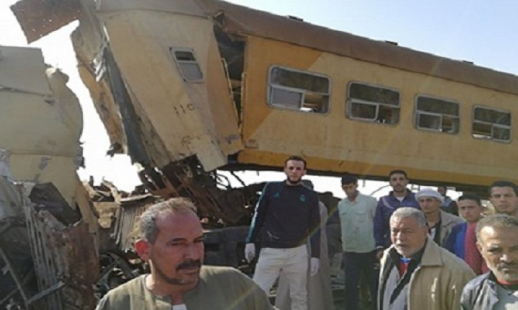 بالصور .. تصادم قطارى البحيرة يسفر عن20 قتيلًا و40 مصابًا