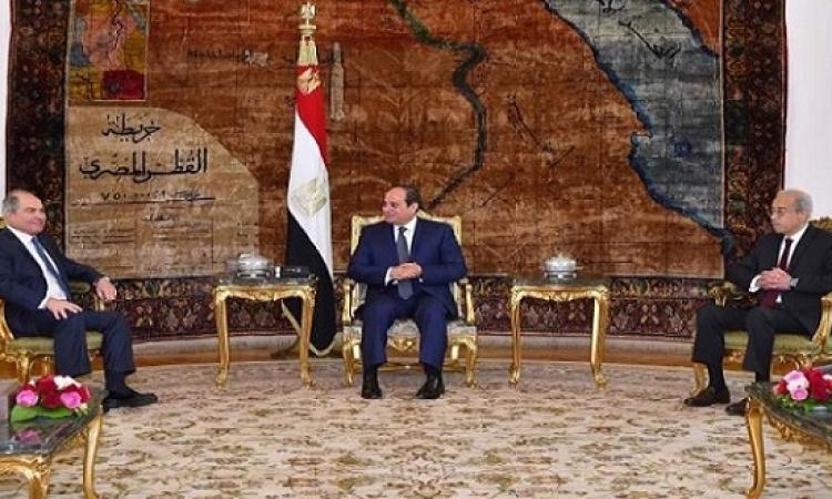 السيسى يلتقى المقلى ويؤكد حرص مصر على تعزيز التعاون مع الأردن