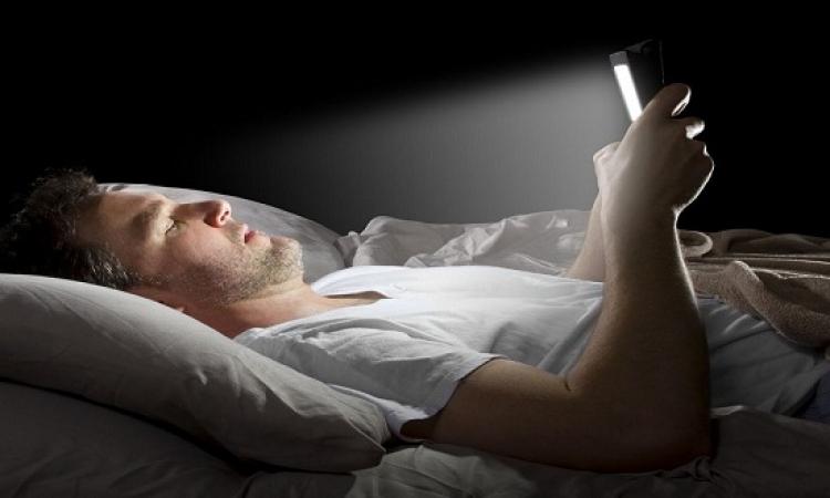 أمراض قاتلة تهددك إذا لم تغلق الأجهزة الإلكترونية قبل النوم