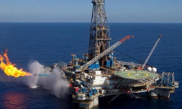 طفرة مستمرة في قطاع النفط .. متى تصل أثارها إلى المواطن ؟