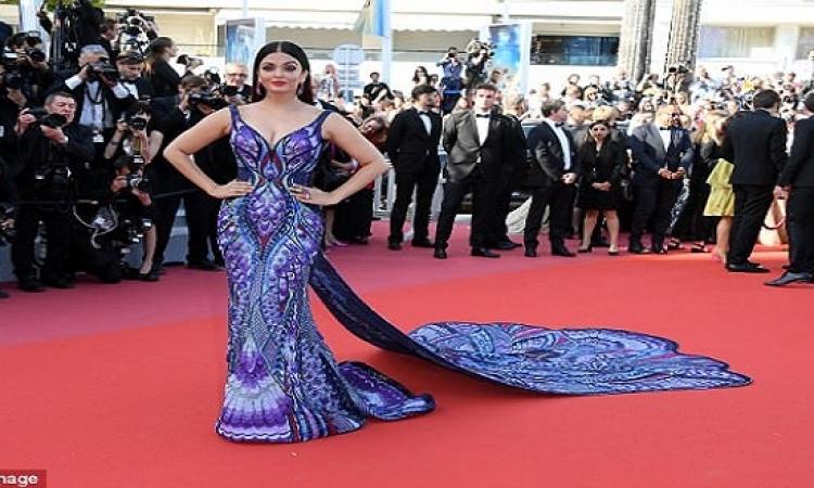 بالصور .. اشواريا راى تتألق بثوب الفراشة فى مهرجان كان