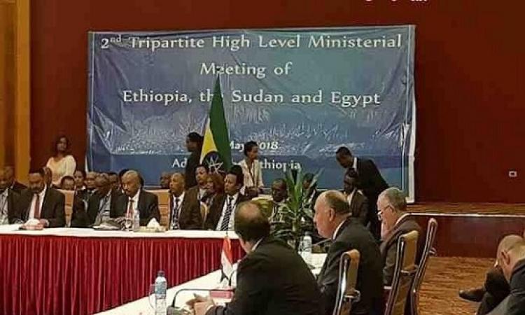 مصر والسودان وإثيوبيا يتفقون على عقد قمة دوريه وعلى انشاء صندوق استثمار لتحقيق التقارب