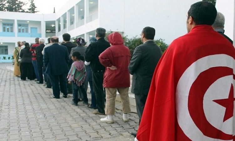بدء الاقتراع فى أول انتخابات بلدية بتونس منذ ثورة الياسمين