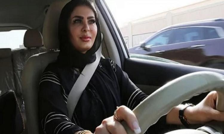 هل المرأة السعودية مؤهلة لقيادة السيارة ؟