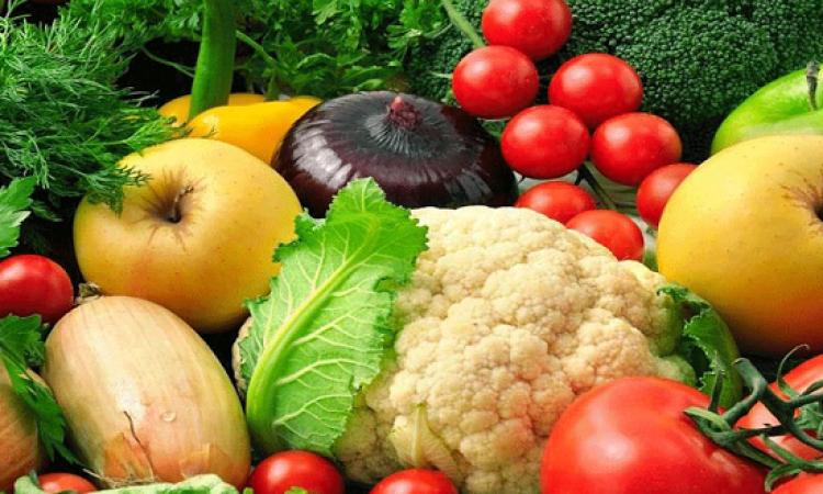 ارتفاع أسعار الخضراوات والفاكهة وانخفاض الدواجن