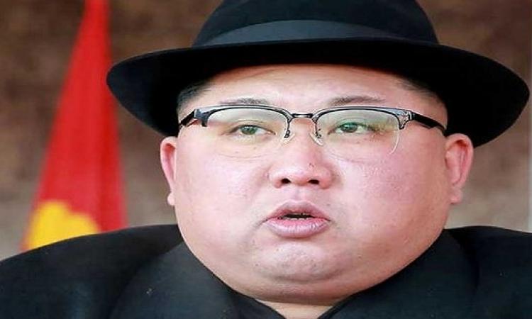 كيم أون يعدم ضابطًا رفيع المستوى لعدم شده الأحزمة