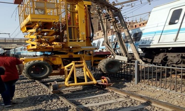 عرفات يصدر قرارا بتشكيل لجنة لدراسة أسباب خروج مترو المرج من مساره