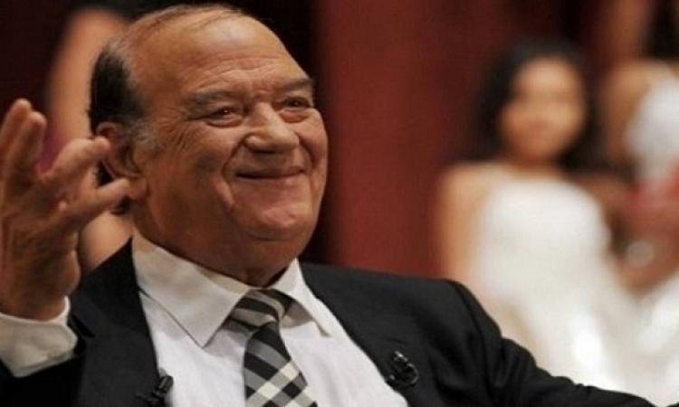 مهرجان القاهرة السينمائى يكرم حسن حسنى ويمنحه جائزة فاتن حمامة التقديرية