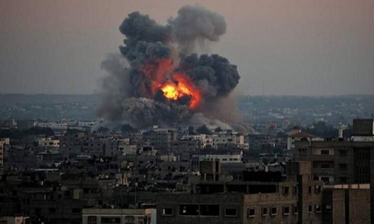 إسرائيل تغلق قطاع غزة براً وبحراً وجواً