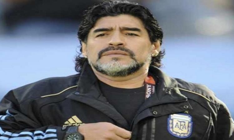 مارادونا : انجلترا ارتكبت سطوًا ضخمًا على كولومبيا