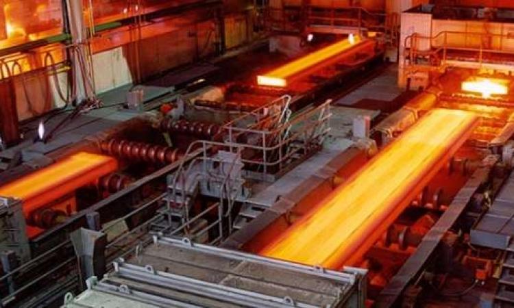 روسيا تبحث تطوير «الحديد والصلب» مع قطاع الأعمال
