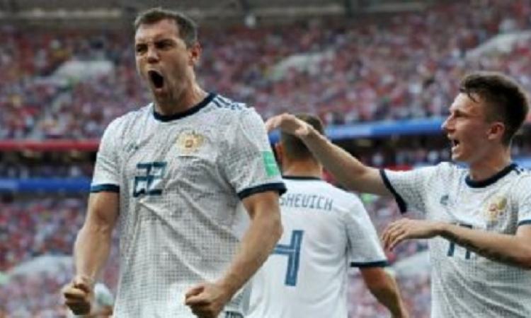 منتخب روسيا يهزم إسبانيا بركلات الترجيح ويصعد لربع نهائى كأس العالم