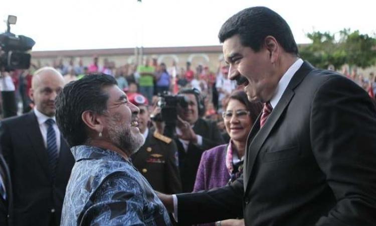 مارادونا يعلن عن تضامنه مع مادورو ويندد بمحاولة اغتياله