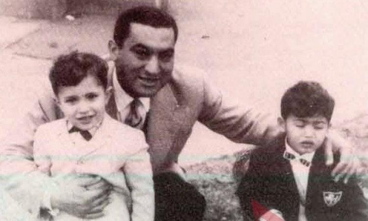 """بالفيديو .. علاء مبارك ينشر أغنية """"عشان بطل """" المهداة لوالده"""