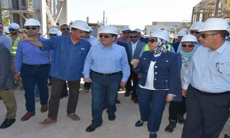 وزير البترول يتفقد مشروعات أنربك فى الإسكندرية