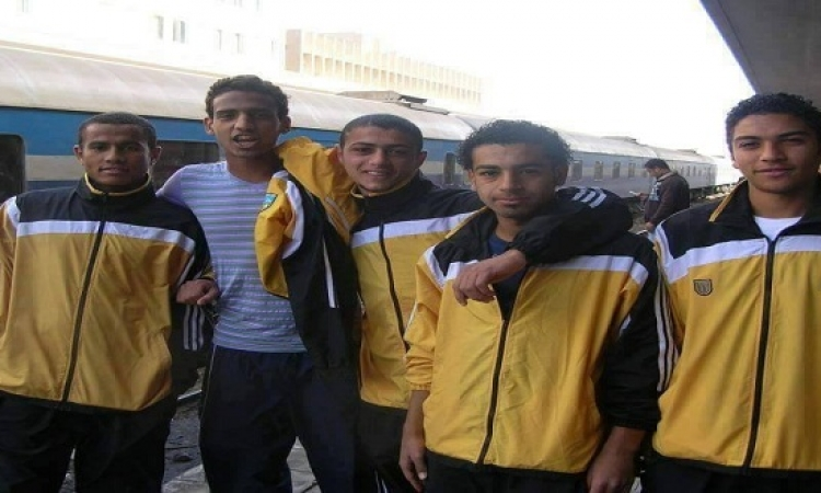 حكاية صورة محمد صلاح التذكارية على رصيف محطة مصر
