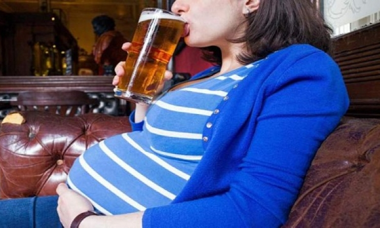 المشروبات الغازية.. خطر يهدد الحوامل