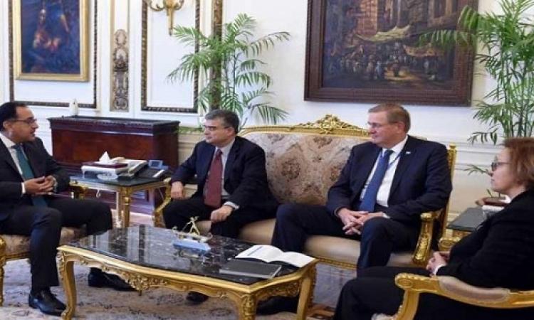 """مدبولي يدعو """"البرنامج الإنمائي"""" للمشاركة في تمويل تنمية سيناء"""