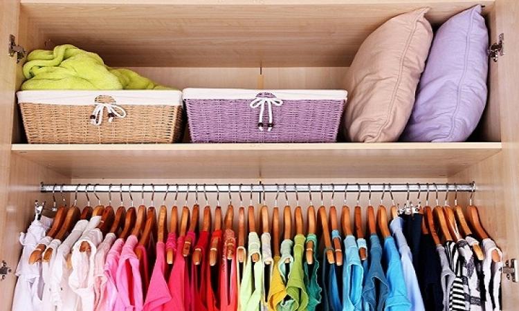 طرق تخزين الملابس الصيفية