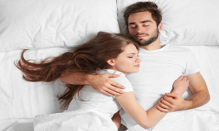 أسباب السعادة الزوجية في الفراش