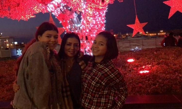 بالصور.. رانيا يوسف وبناتها يحتفلن بالكريسماس