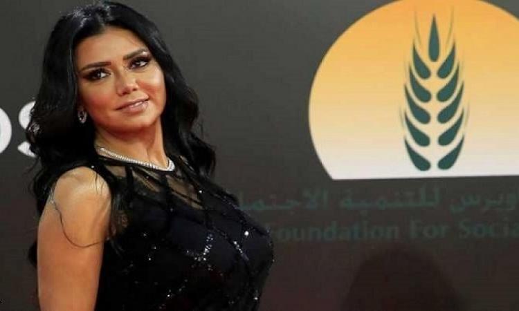 أشرف زكى عن وضع محاذير لفساتين الفنانات: احنا مش تافهين للدرجة دى