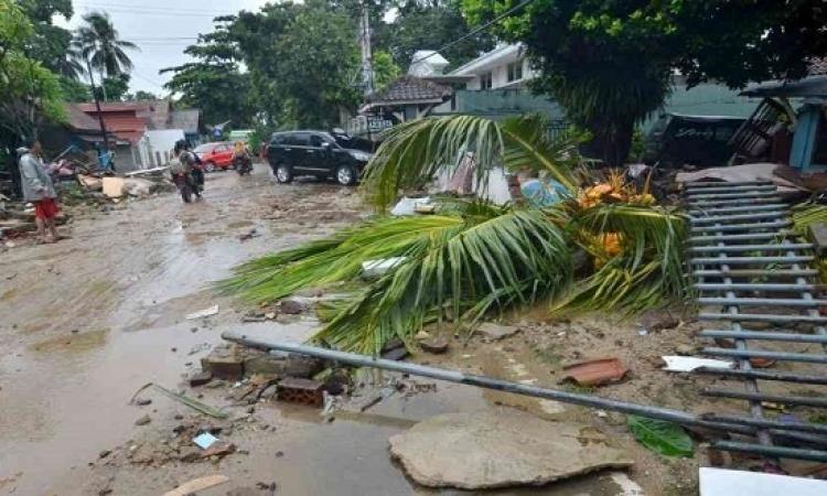 ارتفاع قتلى تسونامى اندونيسيا لاكثر من 280 شخصاً