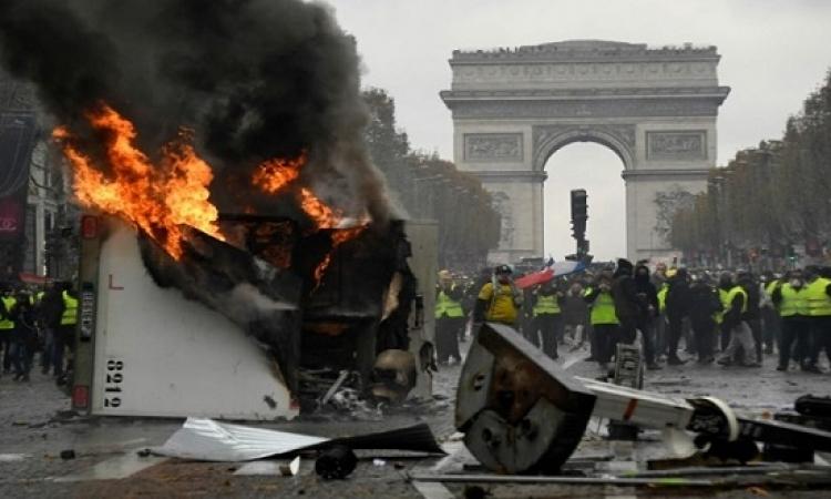 تجدد مواجهات باريس والشرطة الفرنسية تعتقل عشرات المتظاهرين
