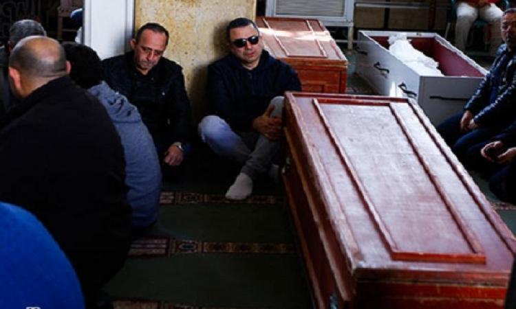 أحمد سعيد عبد الغنى يشيع جثمان والده الفنان الكبير إلى مثواه الأخير