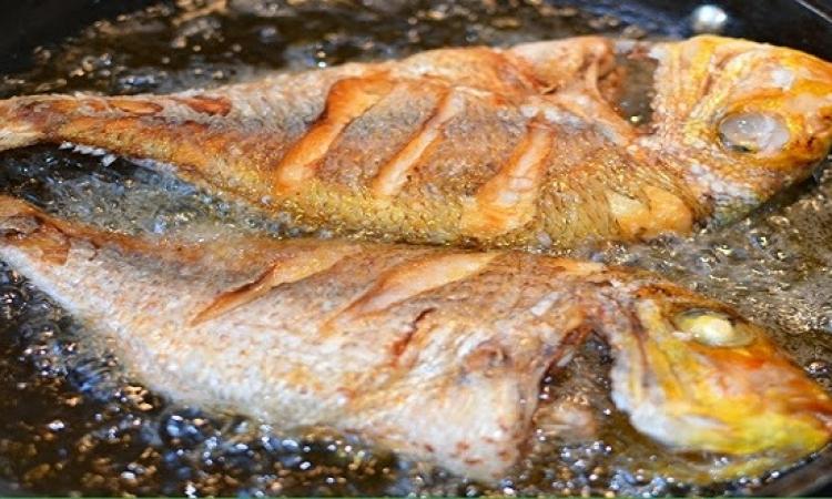 طرق التخلَّص من رائحة السمك فى المطبخ