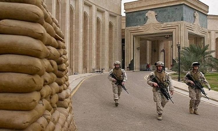 """السفارة الأمريكية تأمر موظفيها بمغادرة العراق """"على الفور"""""""