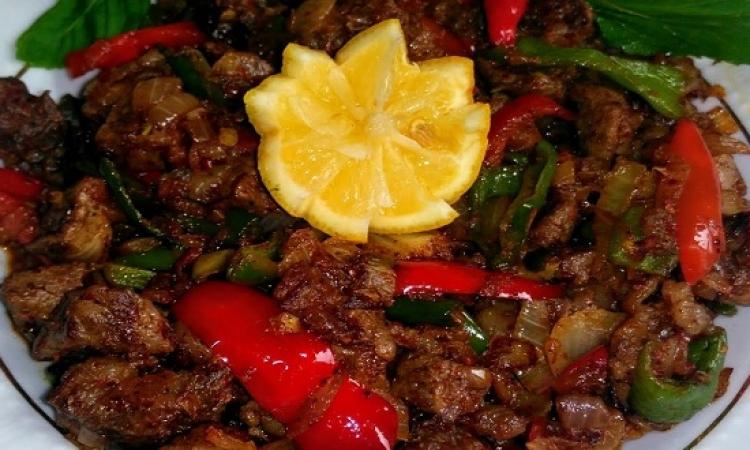 من المطبخ التركى .. قاورما باللحم