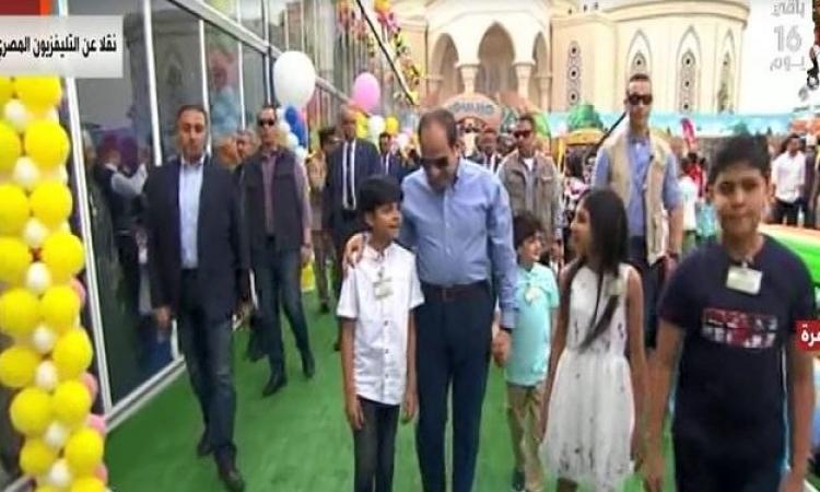 السيسى يشارك أُسر وأبناء شهداء الجيش والشرطة احتفالات عيد الفطر