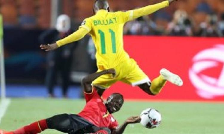 التعادل الإيجابى بين منتخب زيمبابوى وأوغندا