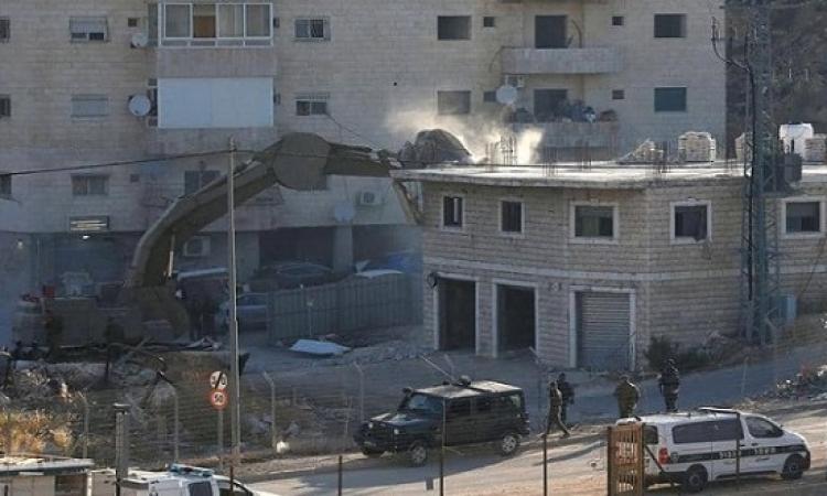 إسرائيل تهدم منازل فلسطينيين قرب القدس