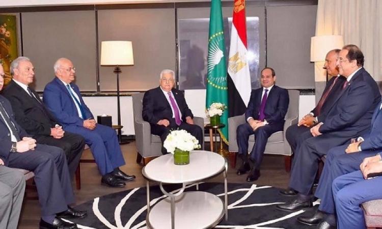 السيسى يؤكد لعباس مواصلة مصر جهودها لاستعادة الشعب الفلسطينى حقوقه المشروعة
