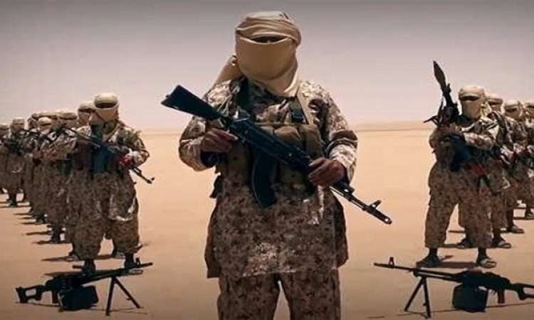 القاعدة تستثمر انشغال العالم بداعش لاستعادة عنفوانها مجدداً