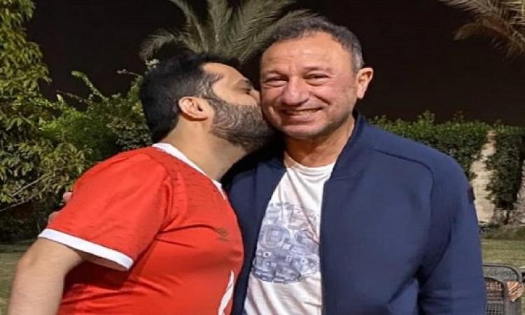 ايذاناً بانتهاء الخلافات واعلان الصلح .. تركي آل الشيخ يزور الخطيب فى منزله
