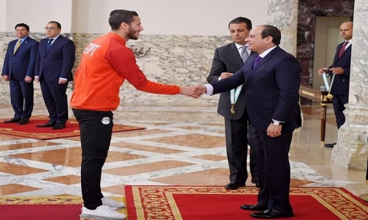السيسى يكرم الأبطال الرياضيين الذين حققوا بطولات قارية وعالمية