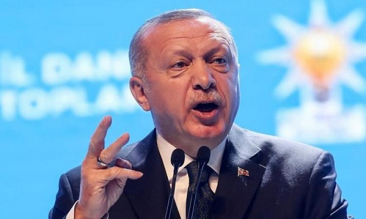 تركيا مركز صناعة الأزمات .. فضيحة بالتشيك واتهامات بالهند