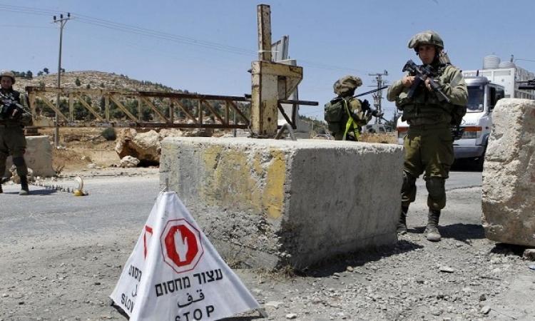 إسرائيل تفرض إغلاقاً عاماً على الضفة الغربية وقطاع غزة